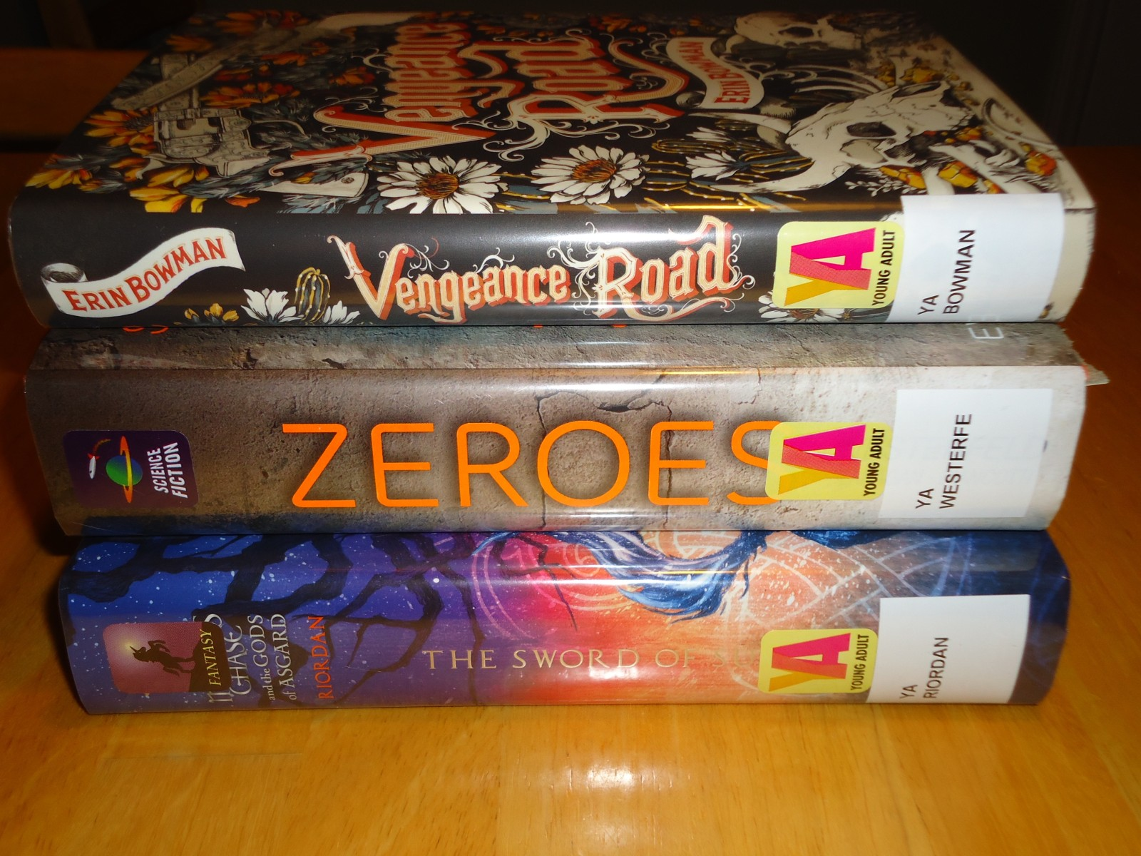 Library Haul & Reading List 10/23/15